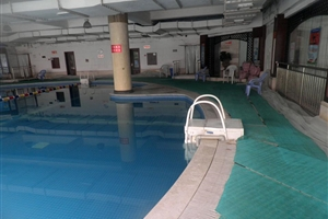 成都游泳馆:成都花园恒温游泳馆
