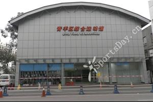 成都游泳馆:青羊体育中心恒温游泳馆